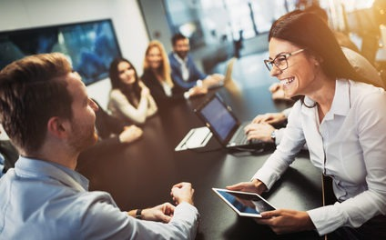 Kommunikationsfähigkeit im Auswahlverfahren feststellen